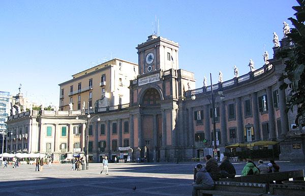 517_Piazza_Dante_1