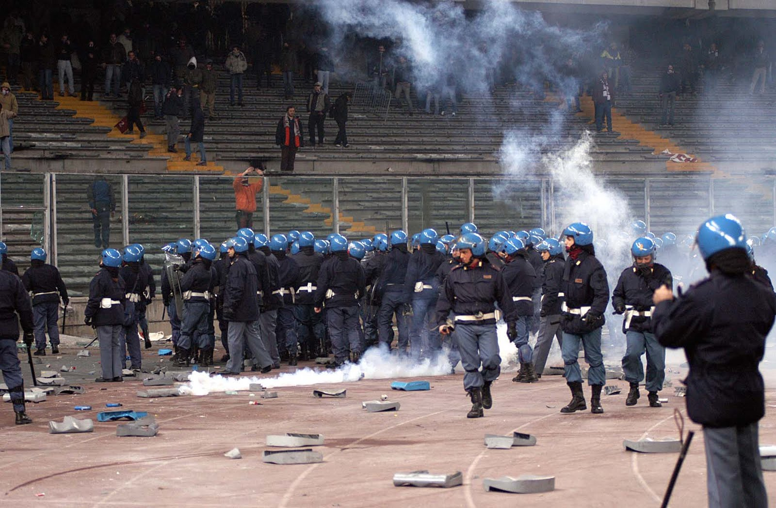 Calcio: ok della Camera al decreto sul Daspo, si passa in Senato