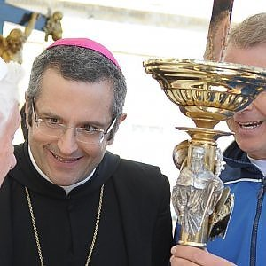 Rubava i soldi della Caritas. Indagato ex abate di Montecassino.