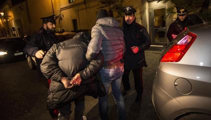 Blitz contro il clan dei Casalesi: 19 arresti.