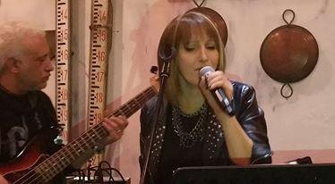"""""""Anna Cover Band"""" live allo Showbowl di Agnano"""